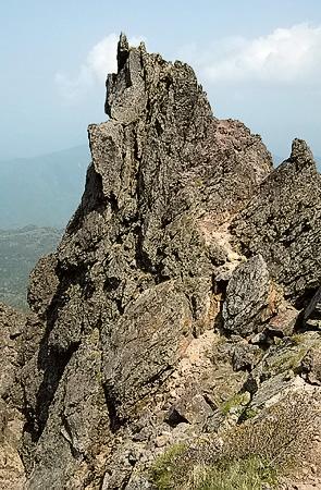 Oku-Shirane crag
