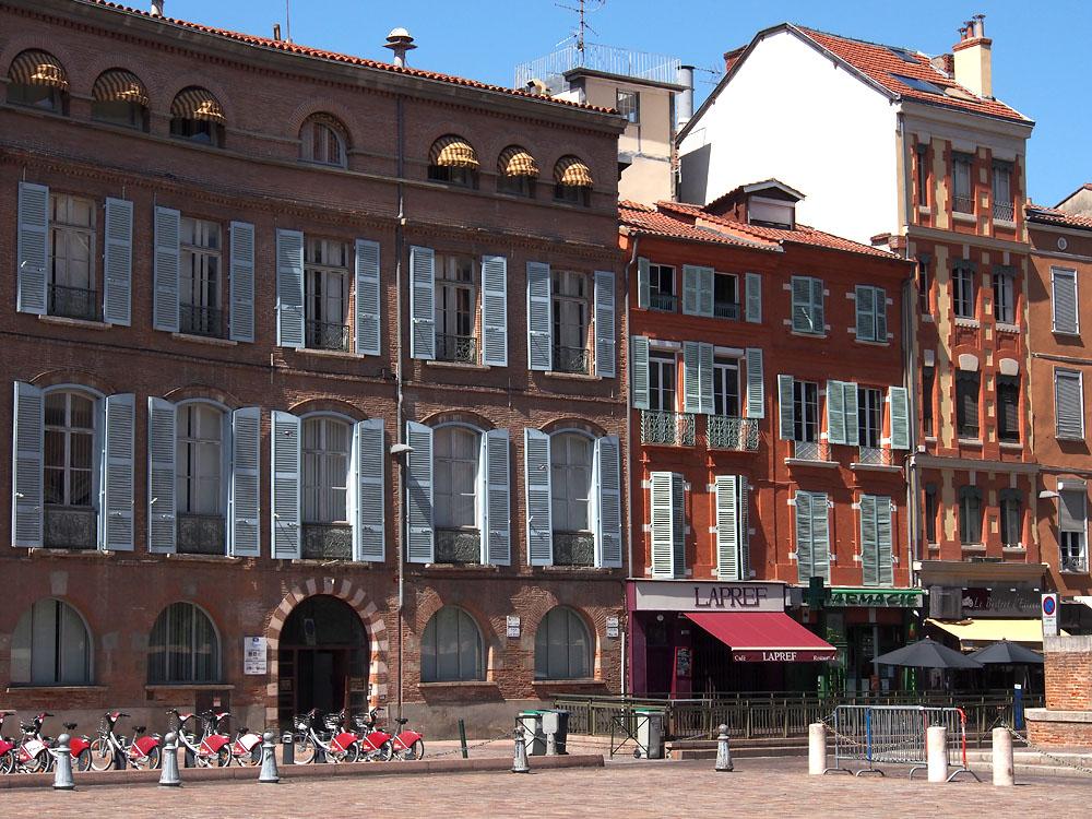 Pyrenees Trip Toulouse Colorful Façades