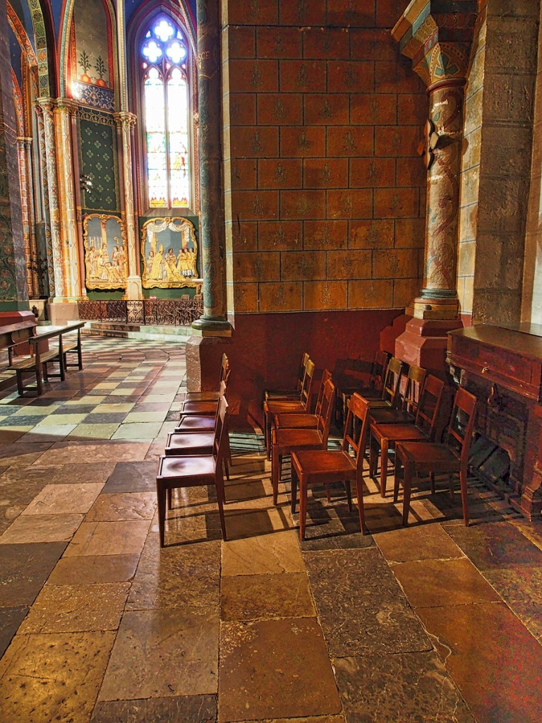 Interior of Oloron Cathedral