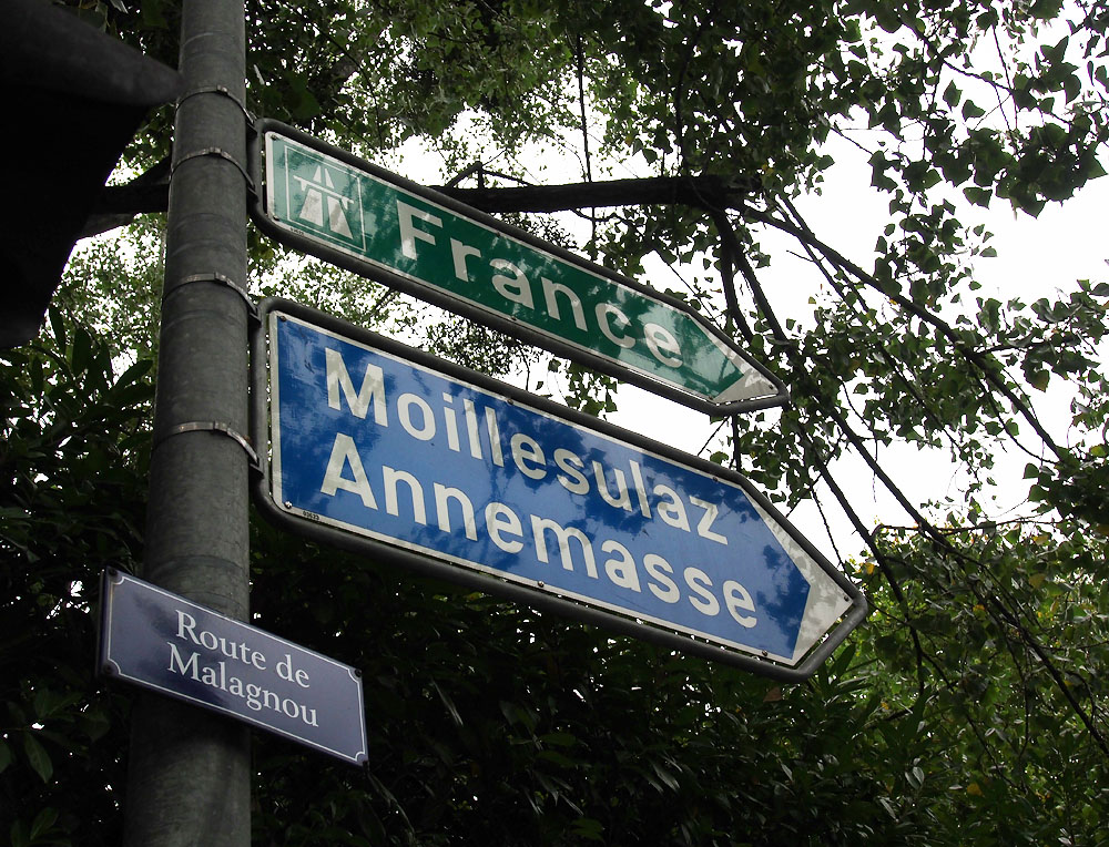 Geneva To France Street Sign