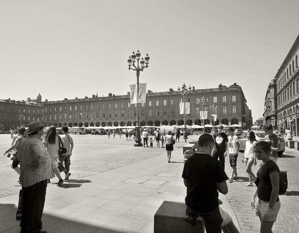 Pyrenees Trip Toulouse Place du Capitole Tourists