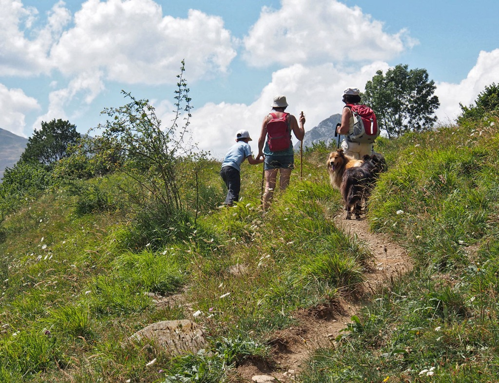 Day Hiking Col d'Aran