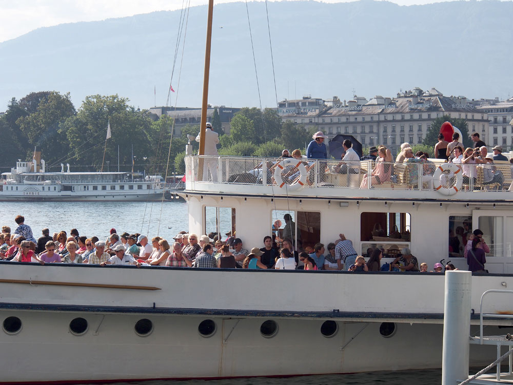 Geneva Lake Boat People
