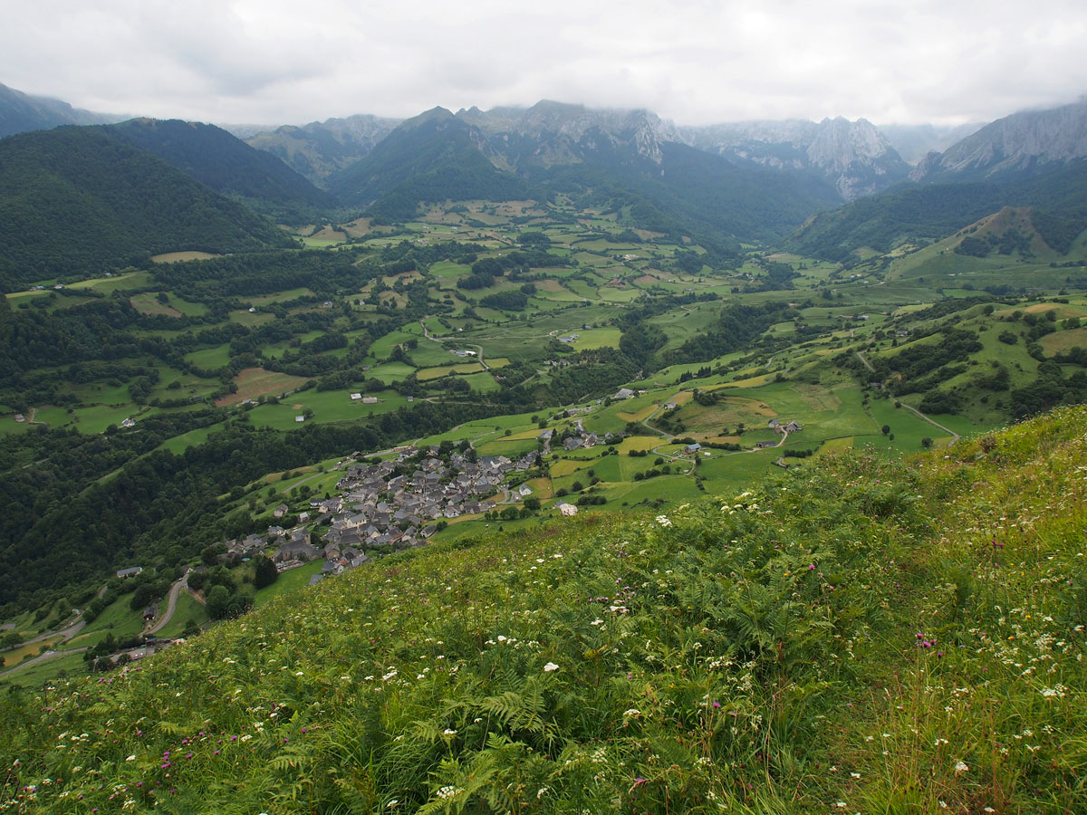 Lescun Village and Cirque
