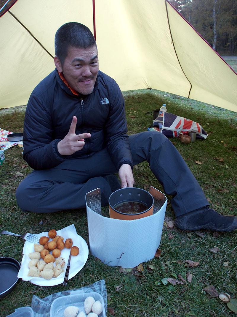 HIJ Isao making coxinhas